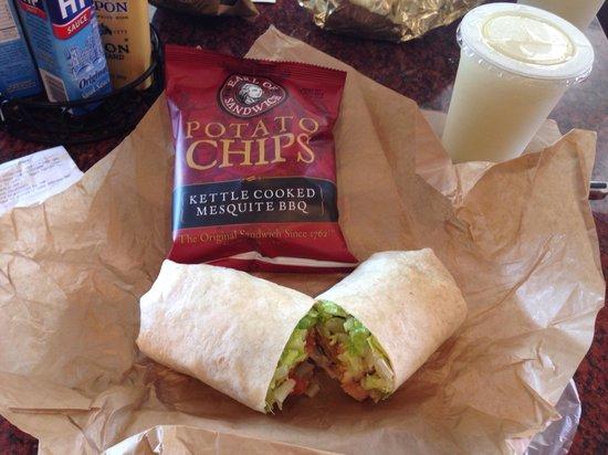 Earl of Sandwich: Baja chicken wrap