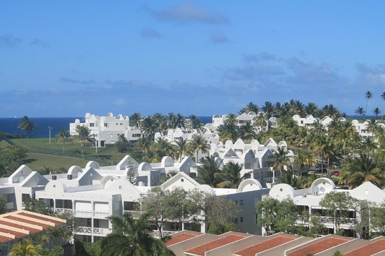 Embassy Suites by Hilton Dorado del Mar Beach Resort: View from the balcony to an adjacent property