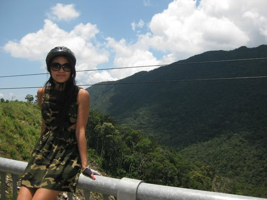 Vietnam Active - Adventure Company and Dive Center : Kin on the Heaven's Pass Bicycle Tour