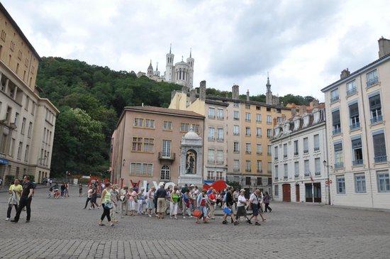 Praça da Catedral de Saint-Jean, Vieux Lyon