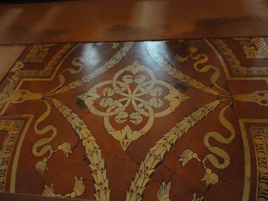 Laurentian Library: The floor, same pattern as the ceiling