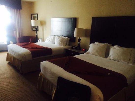 Holiday Inn Express Hotel & Suites Orlando - International Drive: Quarto
