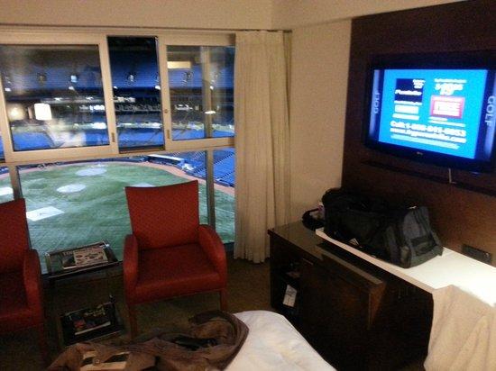 Toronto Marriott City Centre Hotel: Room