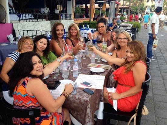 La Galeria: Girls week!  Fabulous food and drinks!  Cheers!