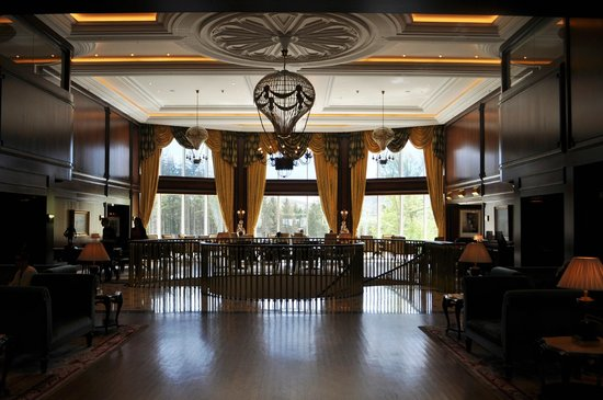 Powerscourt Hotel, Autograph Collection: Hotel Lobby