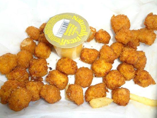 Thomas Donut & Snack shop: spicy chicken nuggets