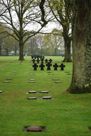 Executive D-Day Private Tours: German Cemetery