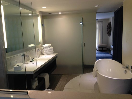 Floris Suite Hotel - Spa & Beach Club: Newly renovated bathroom. It wasn't complete then but I got to see it.