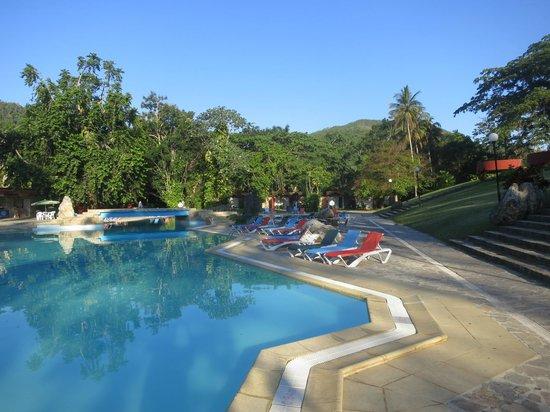 Villa Horizontes Soroa: Piscine