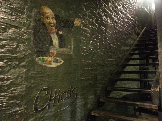 "Chico's Restaurant & Bar: The ""not that hidden"" entrance"