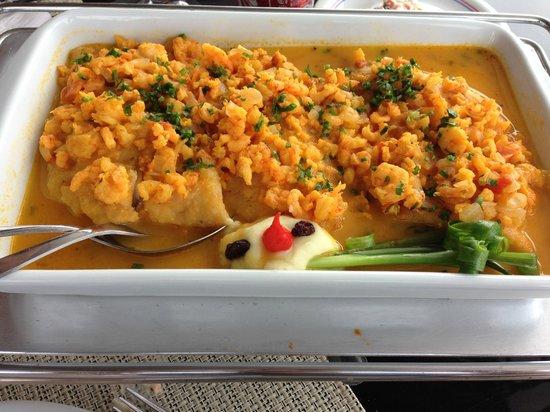 Casa do Camarao: Filé de peixe com molho de camarão