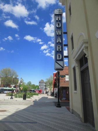Howard Theatre : Howard
