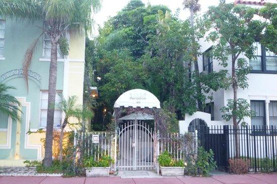 Villa Paradiso - entrance