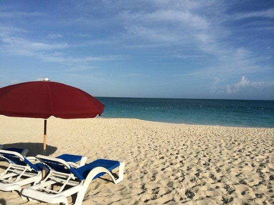 Royal West Indies Resort: Beach in Afternoon