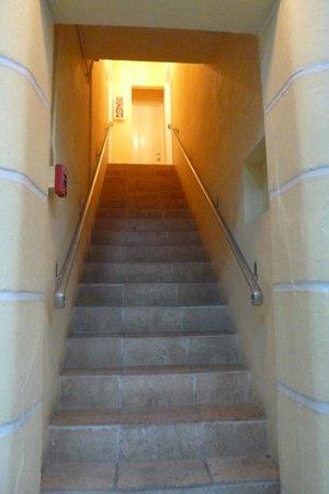 Villa Paradiso : steep stairs