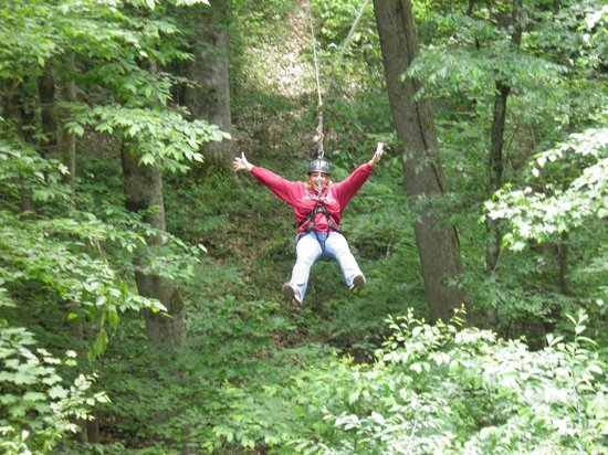 Adventureworks Zip Line Tours: Amazing Ride