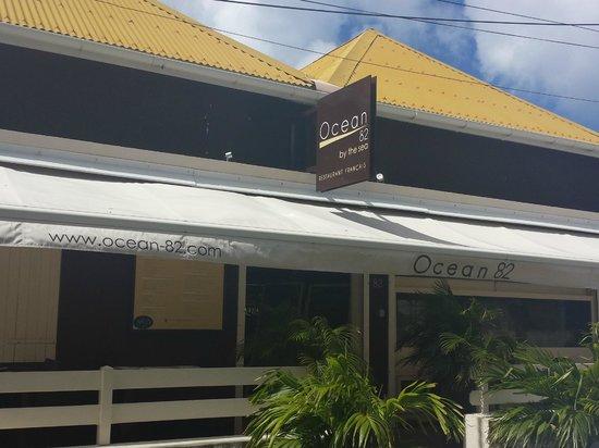 Ocean 82 : Fachada externa do restaurante