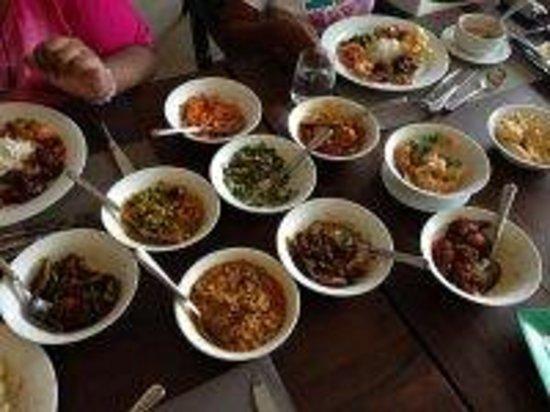 Earl's Regent Hotel: Sri Lankan Lunch