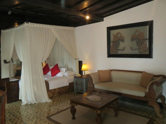 MesaStila Resort and Spa: Villa beds
