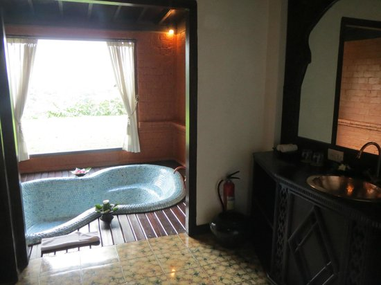 MesaStila Resort and Spa: Two person bath with mountain view