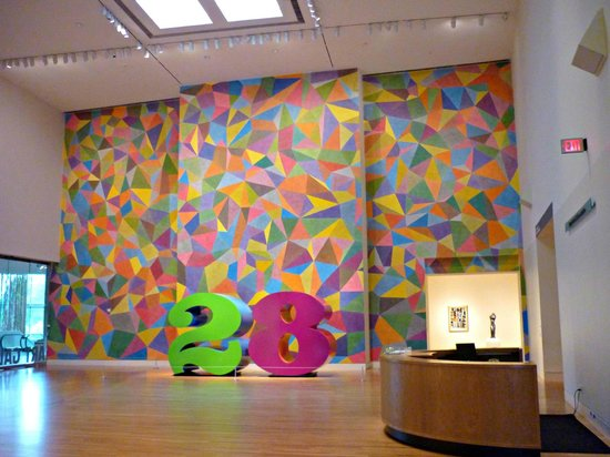 Indianapolis Museum of Art: Robert Indiana number in front of fabulous mural