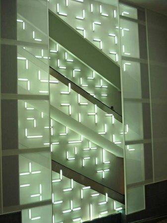 Indianapolis Museum of Art: Escalator Art