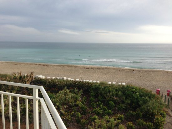Hutchinson Island Marriott Beach Resort & Marina: View from room deck