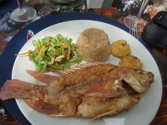 Gente de Mar Resort : Almoço delicioso apesar da aparência