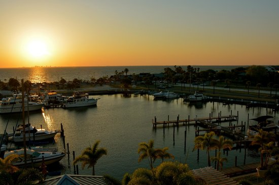 The Inn at Little Harbor : Sunset over Tampa Bay/St Pete