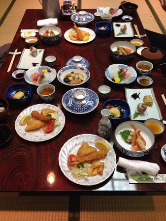 Nakayasu Ryokan : Wonderful dinner (advanced booking is needed)