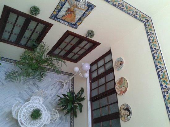 Hotel Puerta de Sevilla: Hall do hotel