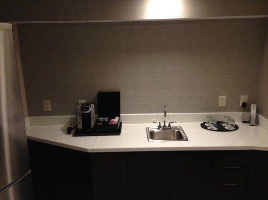 Marriott Marquis Washington, DC: Kitchen Area