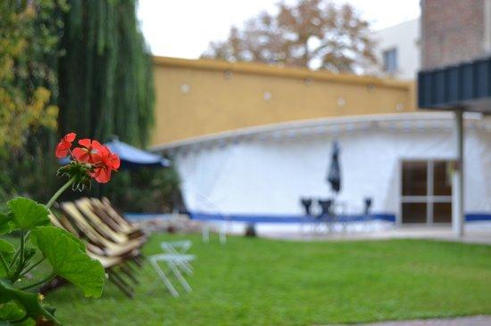 Maue apart hotel : Nuestro Jardín