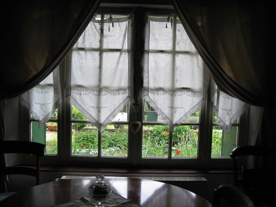 The Hermitage Bed & Breakfast: looking out the window from The Birds room