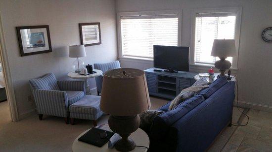 Juniper Hill Inn: The Suite aka The Apartment! #2