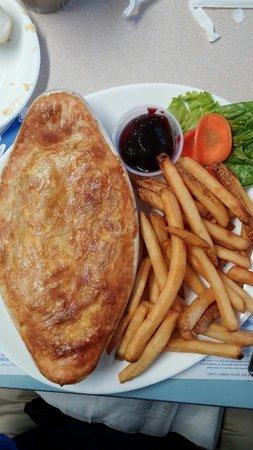 Maine Diner: Chicken pot pie-AMAZING!