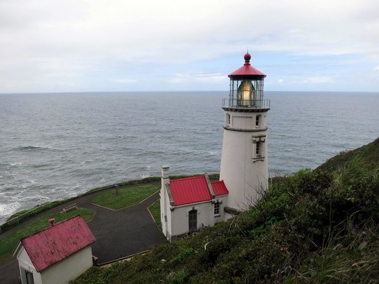 Heceta Head Lighthouse: Back Side from hill behind lighthouse.