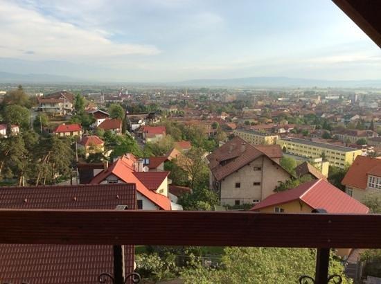 Pensiunea Riunione: balcony view