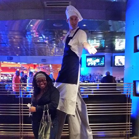 MotorCity Casino : Tall man at motor city had me laughing so much!