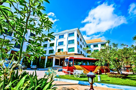 Kingdom Angkor Hotel : Hotel front view