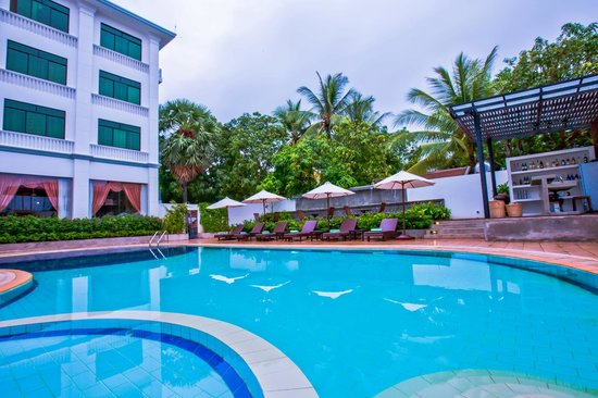 Kingdom Angkor Hotel : Out door pool