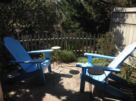 Sea Otter Inn : Private Outdoor Patio