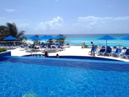 Matices De Azul Picture Of Occidental Tucancun Cancun