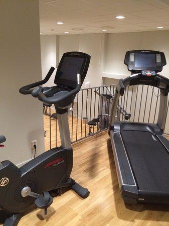 Elite Stadshotellet Eskilstuna: Top level cardio machines (two more are behind this)