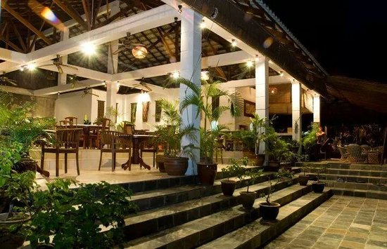 Minang Cove Resort: restuarant