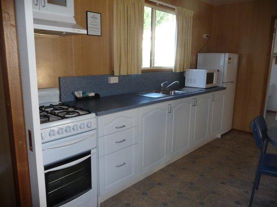 Strahan Holiday Retreat: Kitchen, full stove, large fridge
