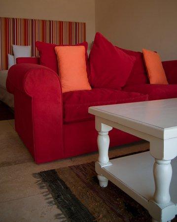 305 Guest House: Garden room