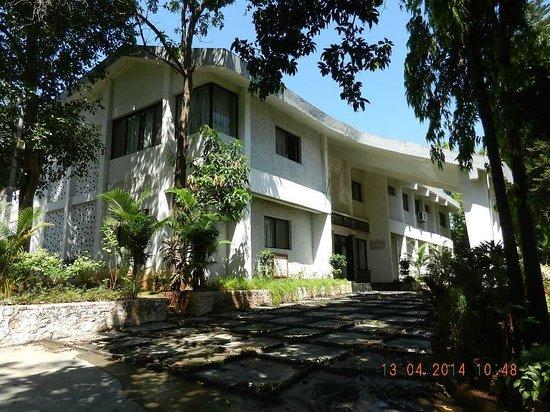 MTDC Resort, Panshet : The view of Resort from outside