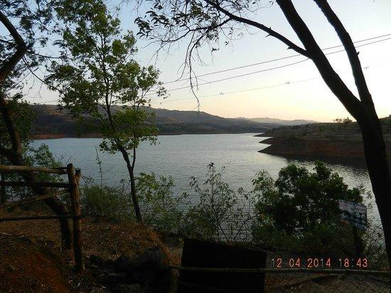 MTDC Resort, Panshet: Panshet dam water body landscape
