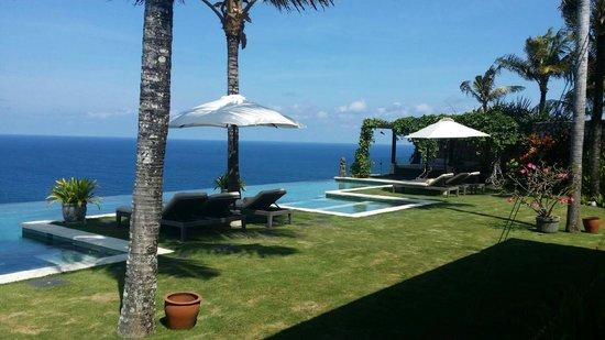 The Ungasan Clifftop Resort: Villa Ambar Pool